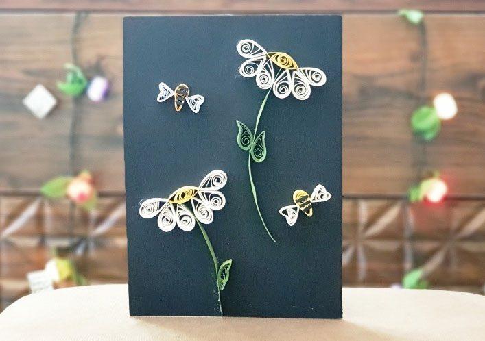 کارت پستال گلها و زنبوها