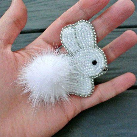 سنجاق سینه جواهر دوزی طرح خرگوش